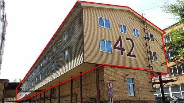 Cамовольно пристроенная к зданию мансарда На Кутузовском проспекте в Москве