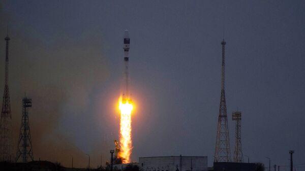 Старт ракеты Союз-2.1а с космодрома Байконур