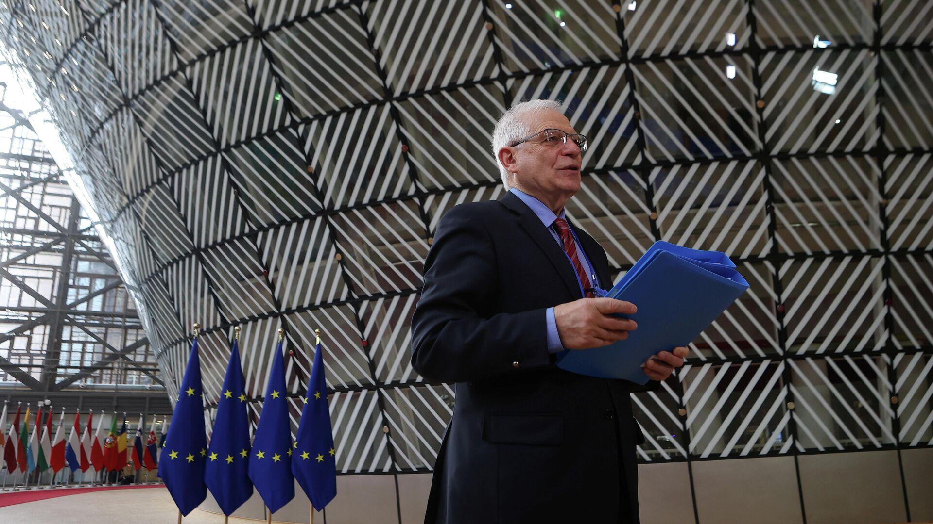 Верховный представитель Европейского союза по иностранным делам и политике безопасности Жозеп Боррель перед заседанием Совета МИД ЕС в Брюсселе - РИА Новости, 1920, 24.03.2021