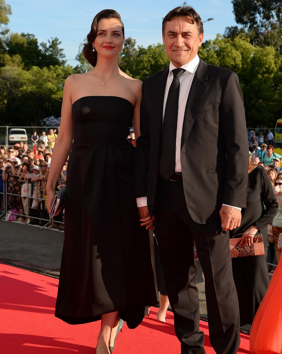 Актер Камиль Ларин с супругой Екатериной Андреевой на церемонии открытия 27-го Российского кинофестиваля Кинотавр в Сочи