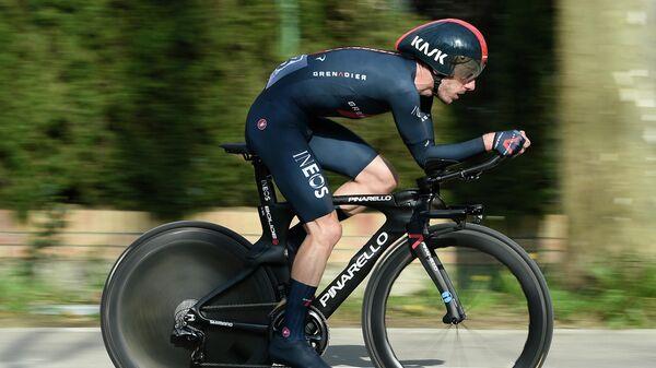 Британский велогонщик Адам Йейтс