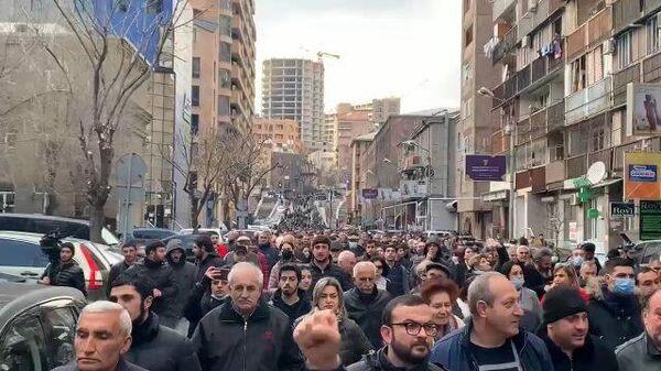Шествие противников Пашиняна с требованием отставки премьера