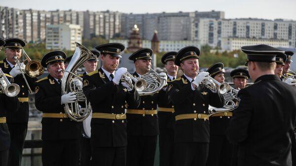 Встреча большого десантного корабля Георгий Победоносец в порту Североморска