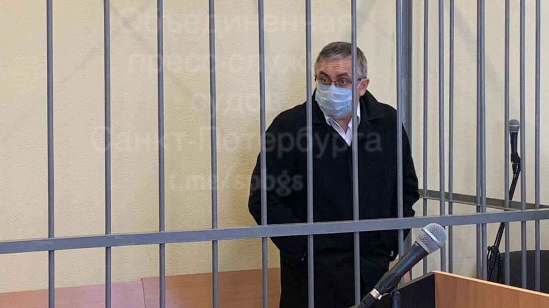 В Петербурге бывший врач отказался от показаний по делу об убийстве жены