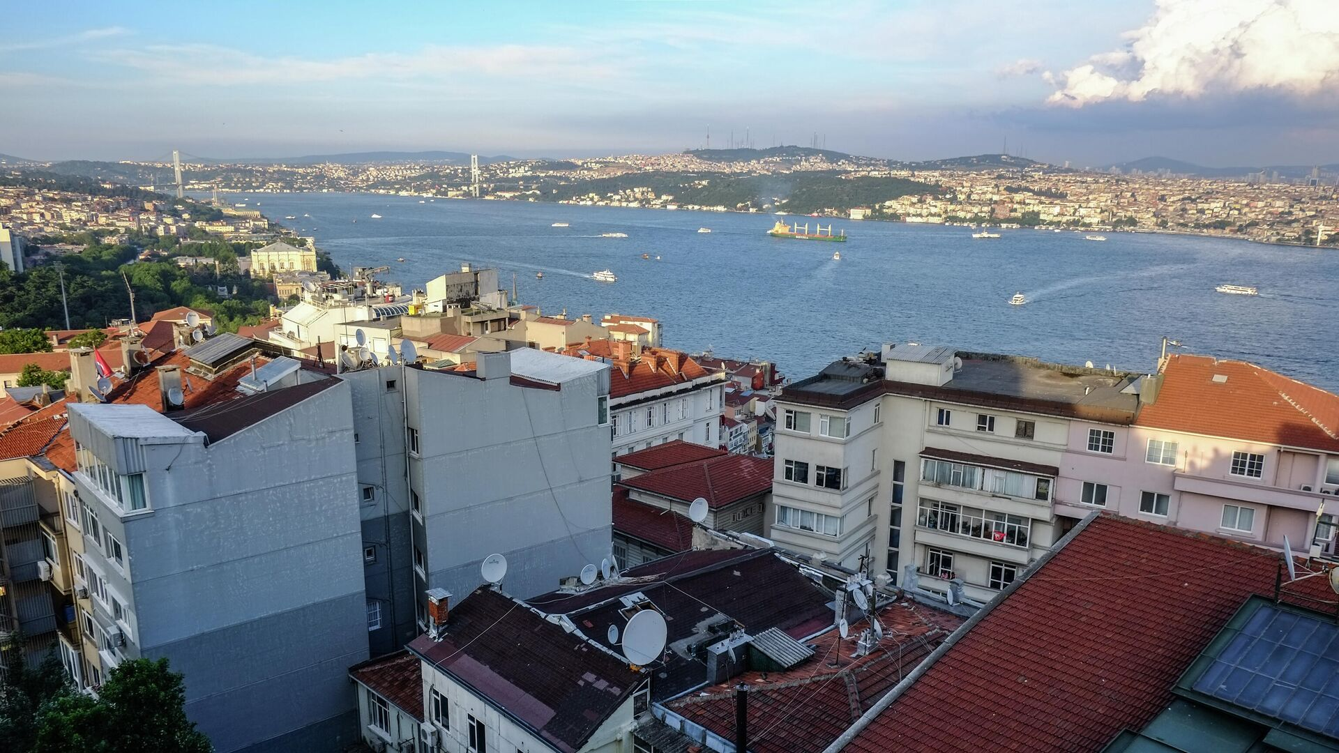 Пролив Босфор в Стамбуле - РИА Новости, 1920, 12.04.2021