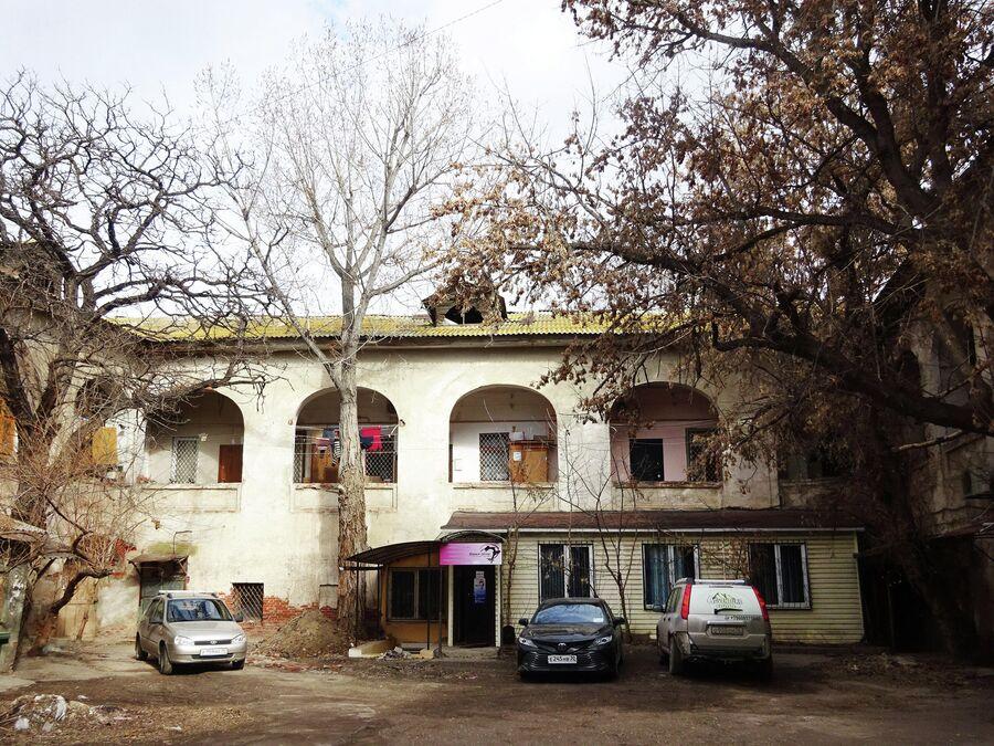 Армянское подворье. Второй фасад
