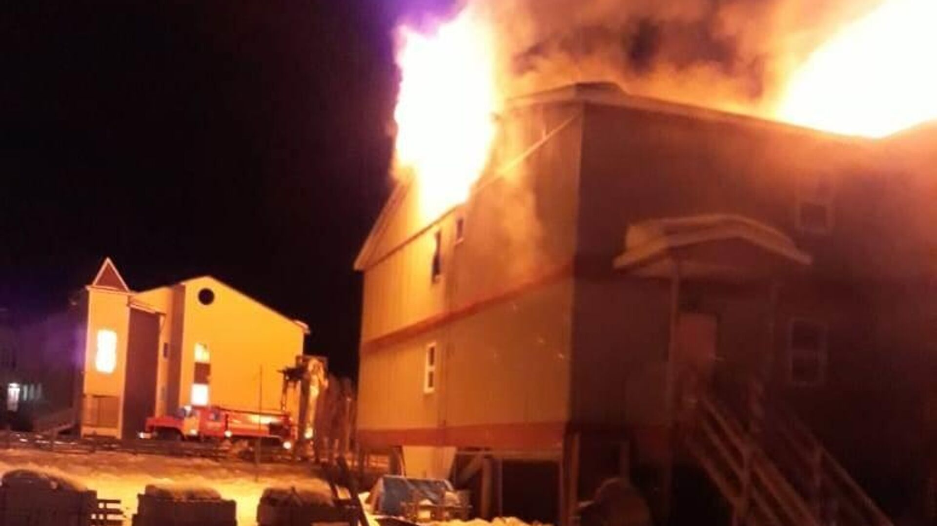Мужчина потерял детей и жену при пожаре в якутском селе Чапаево