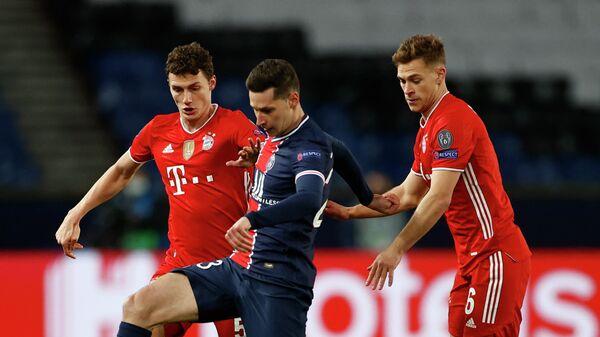 Юлиан Дракслер в матче Лиги чемпионов против Баварии