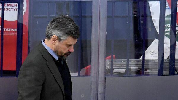 Главный тренер Ак Барса Дмитрий Квартальнов
