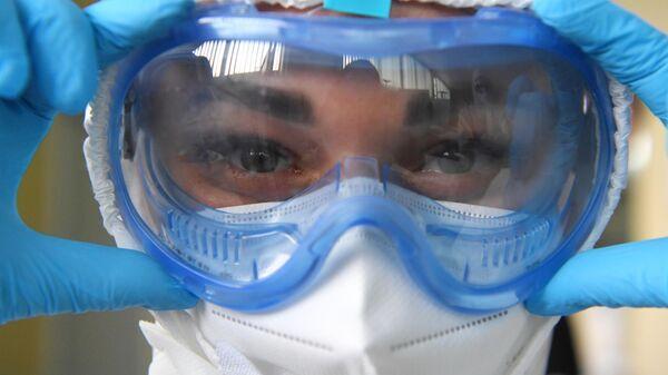 Иммунолог объяснил причину всплеска заболеваемости коронавирусом в Москве