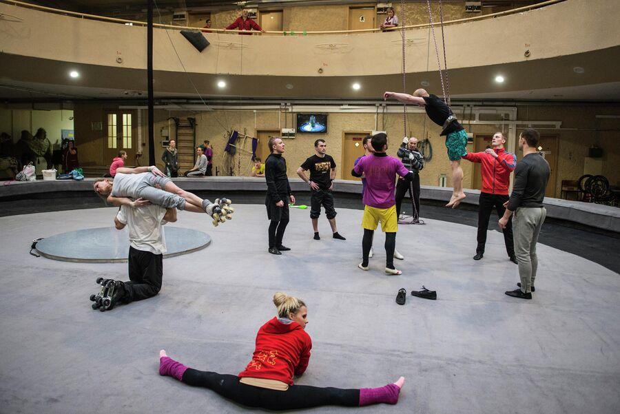 Открытая репетиция в репетиционном манеже Большого Московского цирка на проспекте Вернадского