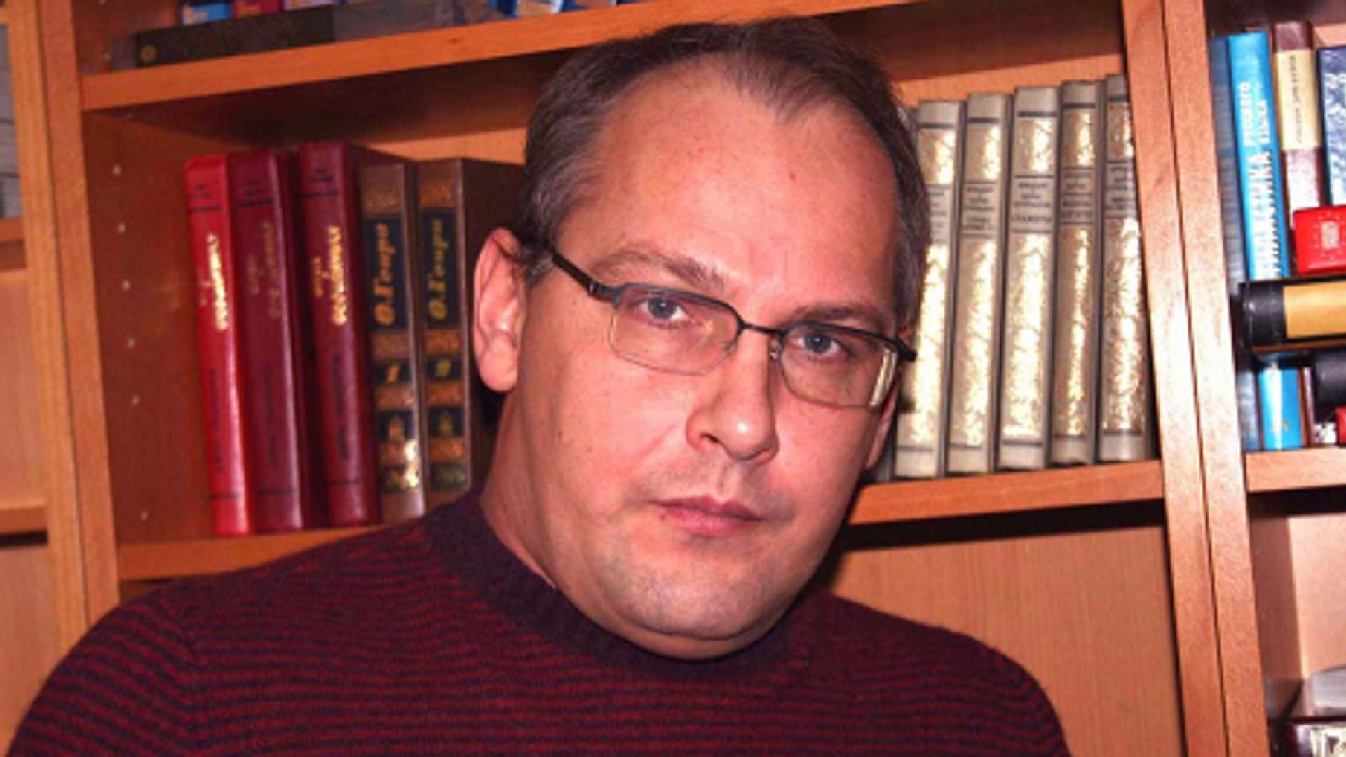 На писателя Стародубцева завели новое дело об изнасиловании девочки