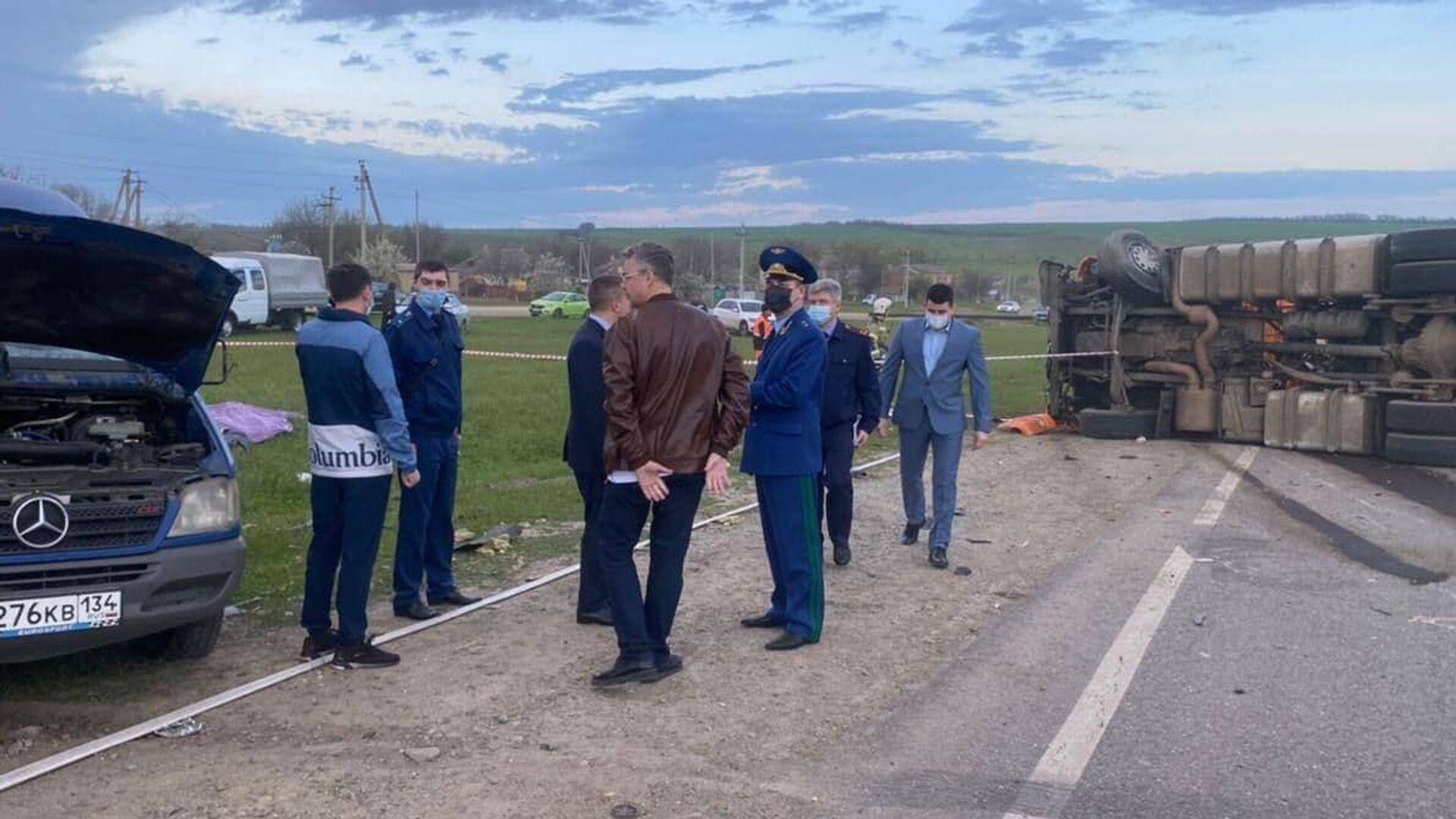 На лечение в Москву отправят семь человек после ДТП на Ставрополье