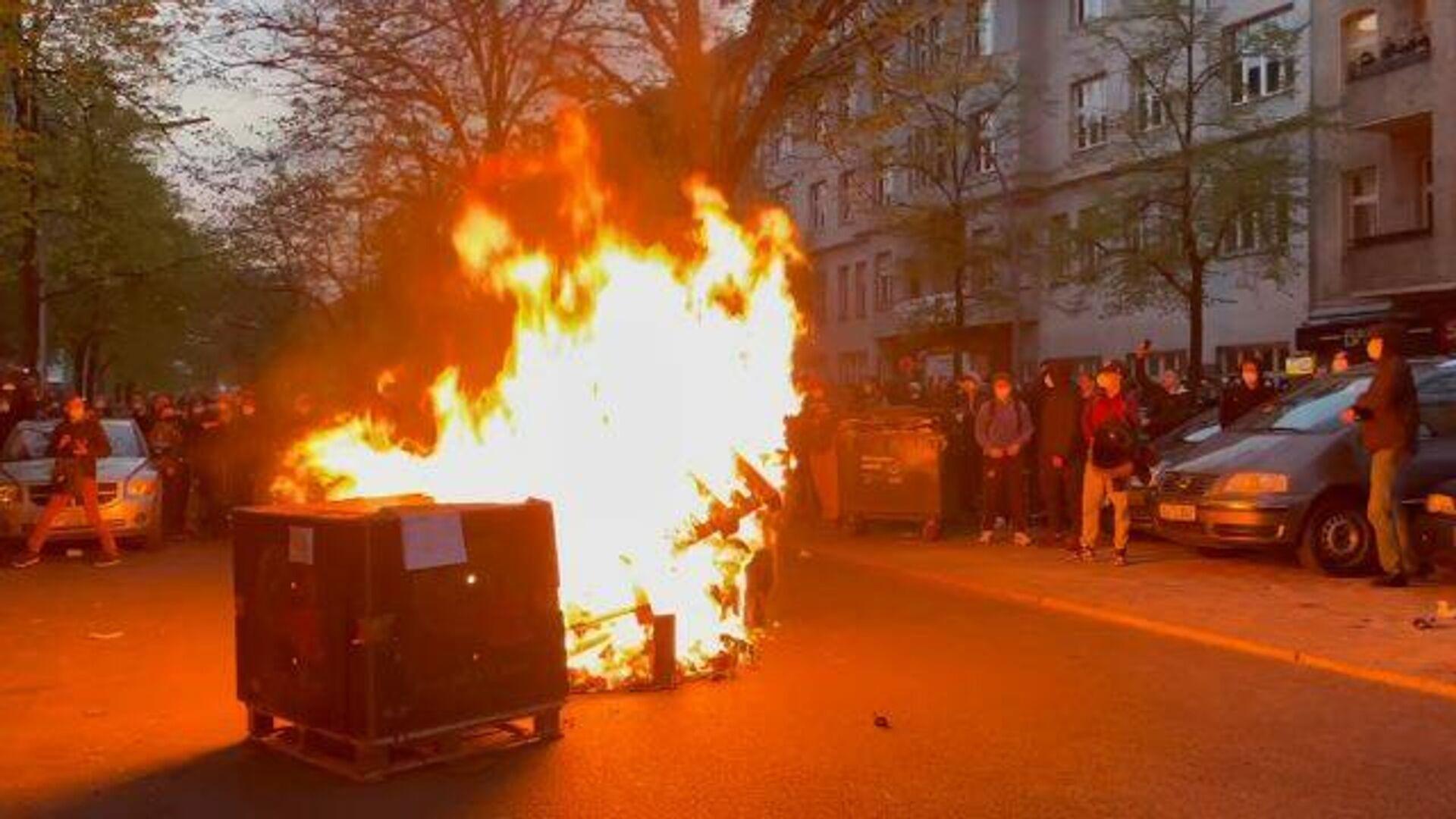 Столкновения демонстрантов с полицией в Берлине - РИА Новости, 1920, 01.05.2021