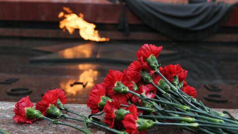 Возложение венков по случаю 77-летия снятия блокады Ленинграда