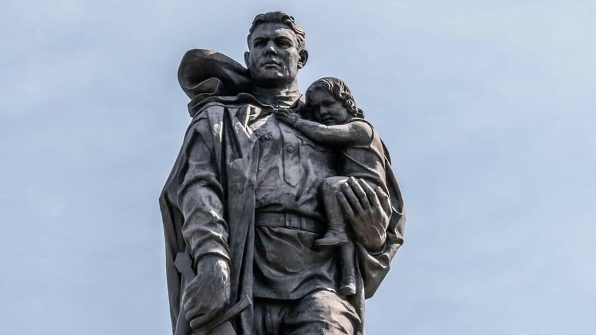 Памятник Воину-освободителю в Берлине - РИА Новости, 1920, 21.06.2021