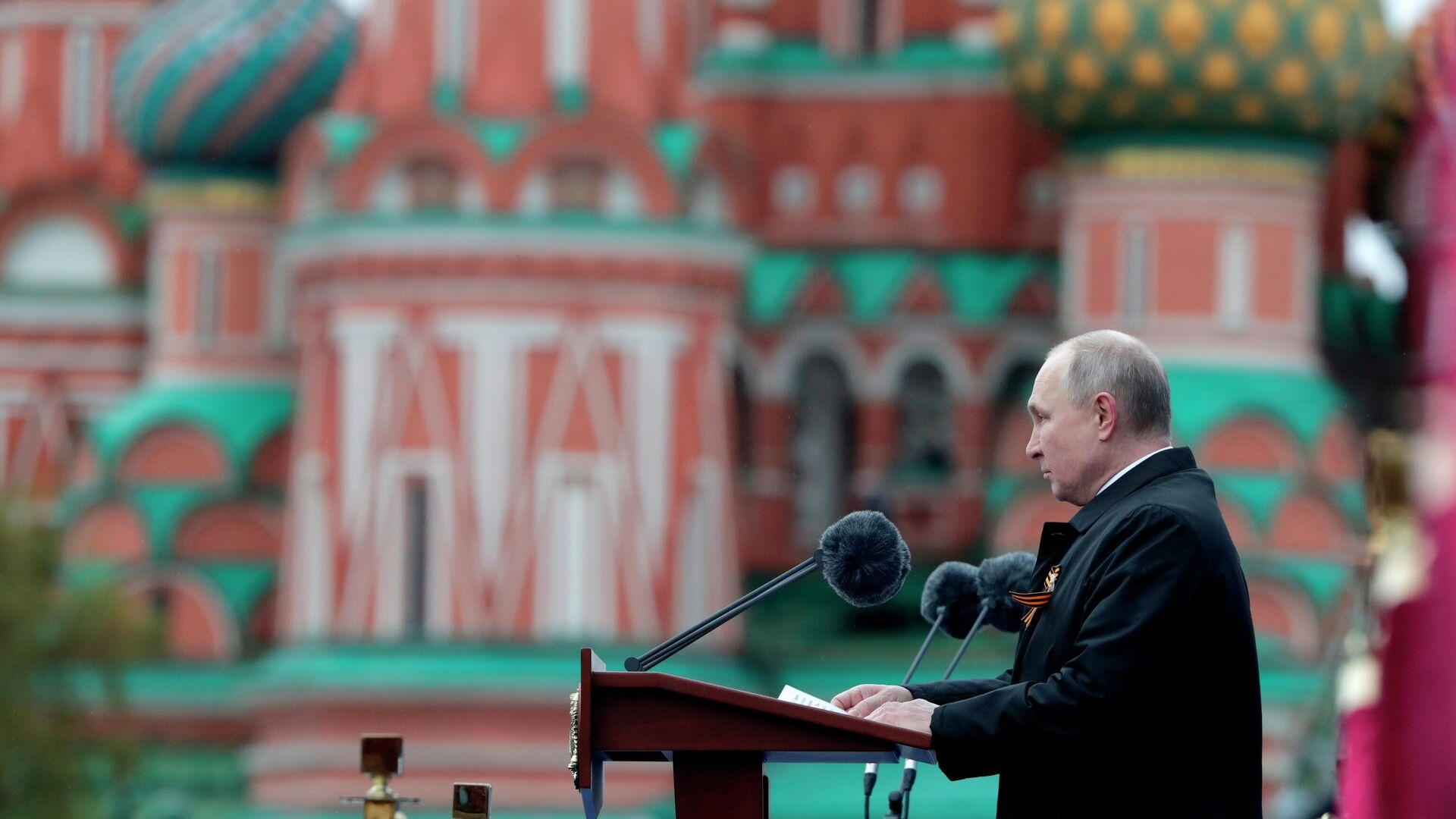 Президент РФ В. Путин на военном параде в честь 76-й годовщины Победы в ВОВ - РИА Новости, 1920, 10.05.2021