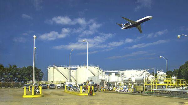 Топливные резервуары компании Colonial Pipeline в аэропорту города Шарлотт, США