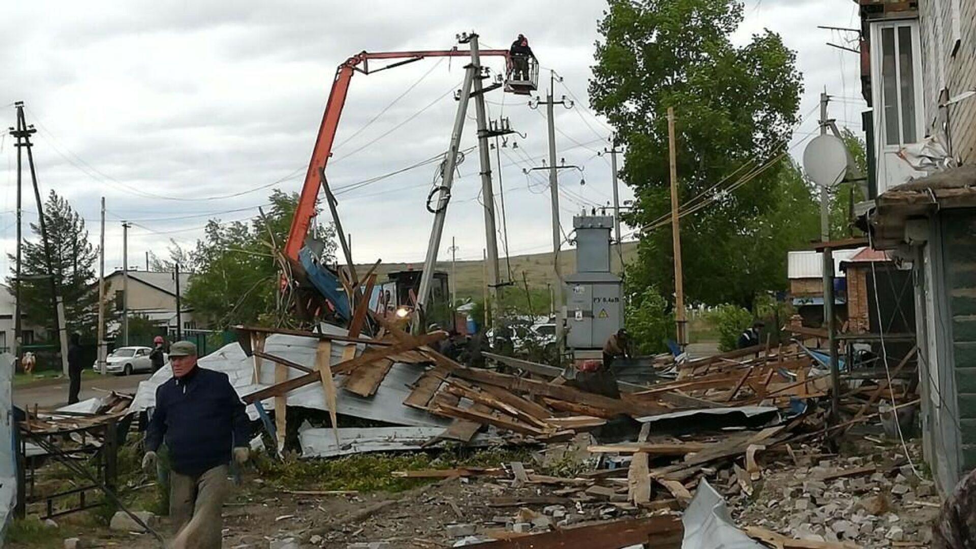 Последствия урагана в Костромской области - РИА Новости, 1920, 16.05.2021