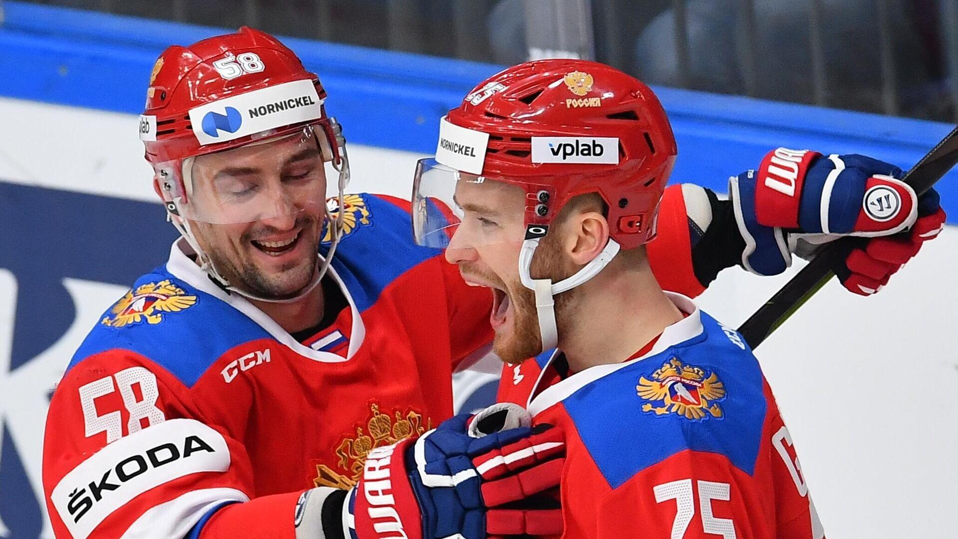 Антон Слепышев и Михаил Григоренко (слева направо) - РИА Новости, 1920, 21.05.2021