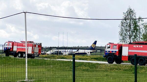 Самолет Boeing 737-8AS авиакомпании Ryanair в аэропорту Минска