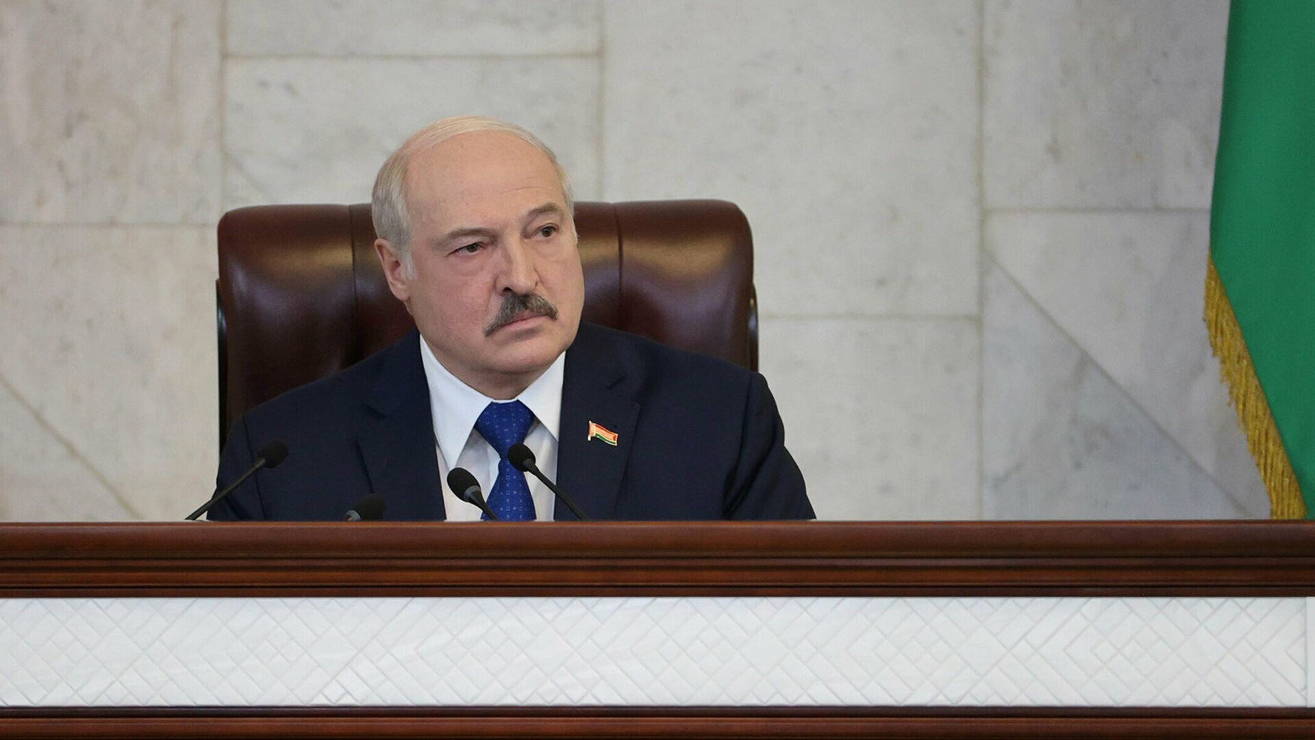 Президент Белоруссии Александр Лукашенко во время выступления в парламенте - РИА Новости, 1920, 02.07.2021