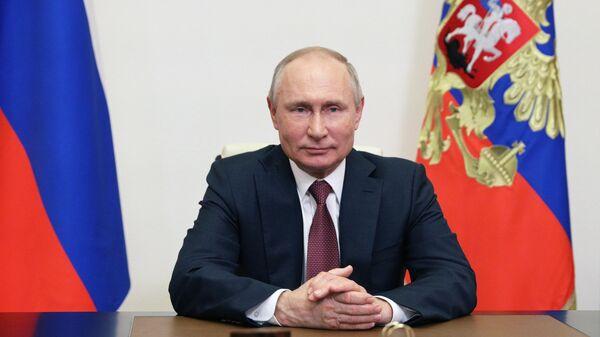 Президент РФ Владимир Путин во время видеообращения к участникам российского конгресса Детская онкология, гематология и иммунология XXI века: от науки к практике