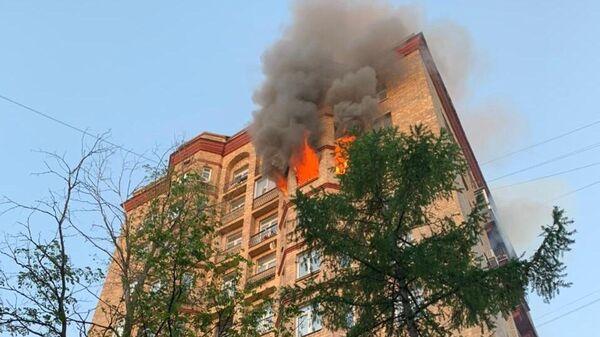 Пожар на Университетском проспекте в Москве
