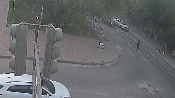 Подросток на электросамокате на полном ходу сбил женщину в Волгограде