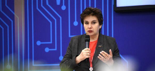 Руководитель Федеральной службы по надзору в сфере здравоохранения (Росздравнадзор) Алла Самойлова на   ПМЭФ-2021