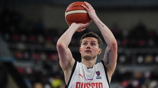 Игрок сборной России Михаил Кулагин
