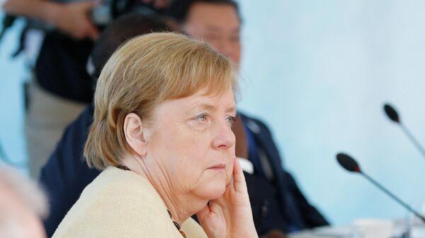 Канцлер Германии Ангела Меркель на саммите G7 в Великобритании