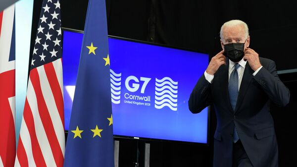 Президент США Джо Байден во время пресс-конференции по итогу саммита G7 в аэропорту Корнуолл в Великобритании