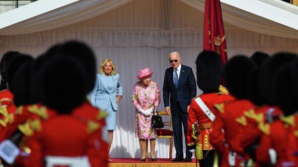 Елизавета II приняла президента США Джо Байдена с супругой в Виндзорском замке