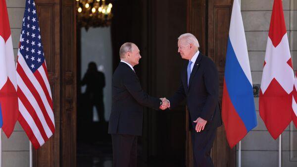 Байден предложил Путину защитить критическую инфраструктуру от кибератак