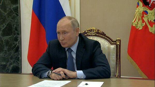Такой стиль – Путин о забывчивости пресс-секретаря Байдена