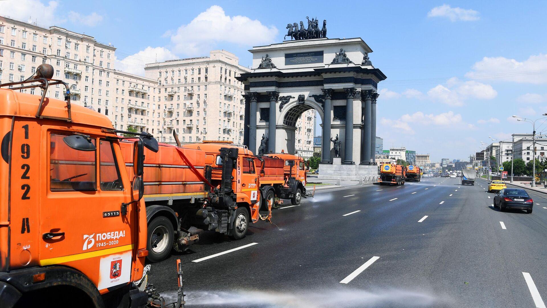 Аэрация дорог в Москве - РИА Новости, 1920, 22.06.2021