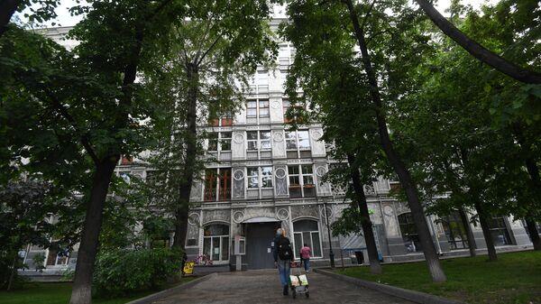 Ажурный дом на Ленинградском проспекте