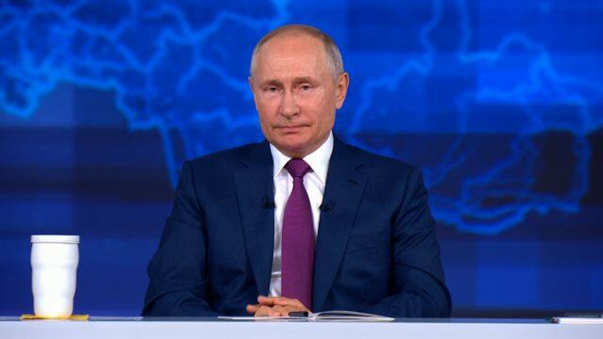 Это мошенничество чистой воды – Путин про поддельные справки о вакцинации - РИА Новости, 1920, 30.06.2021
