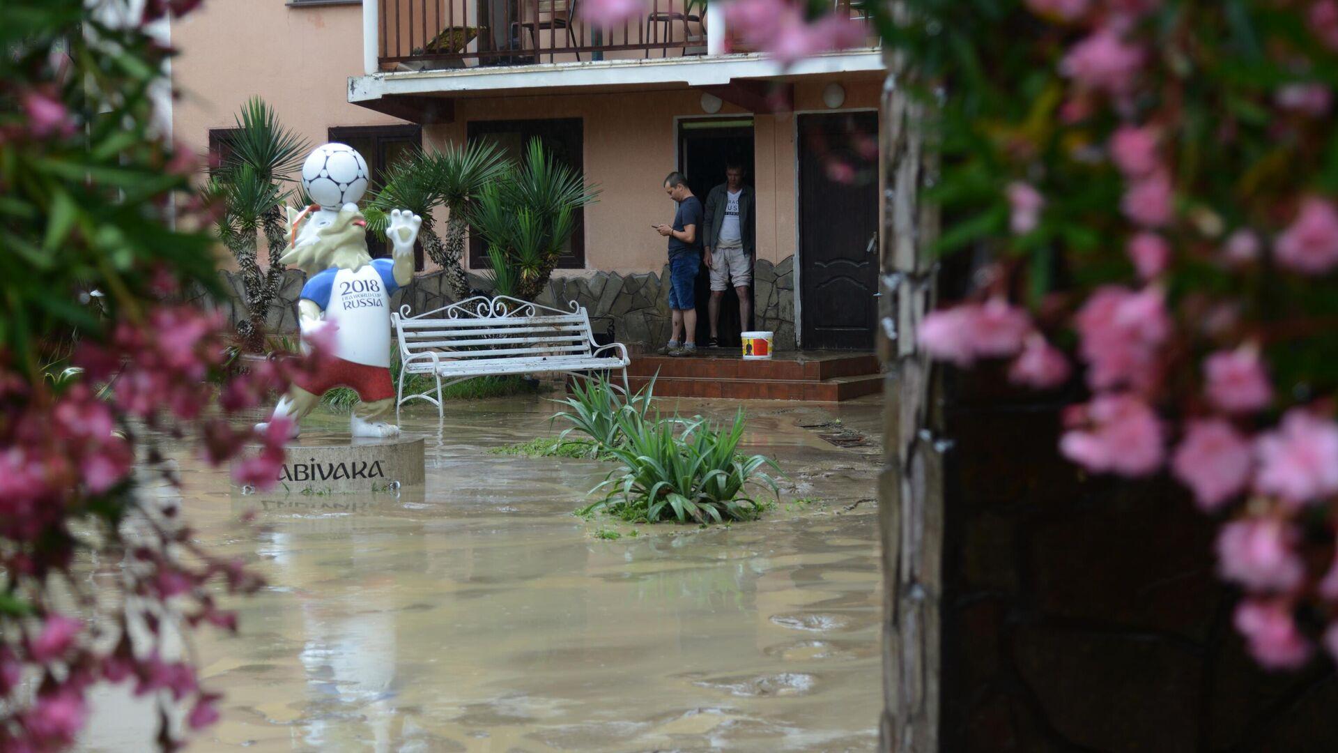 В Сочи подготовят пункты эвакуации из-за ливней
