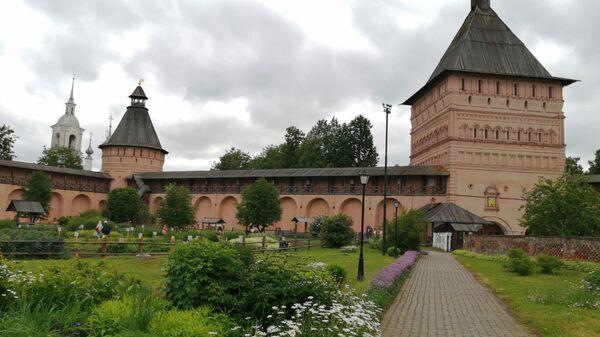 Суздаль. Аптекарский огород Спасо-Ефимиева монастыря