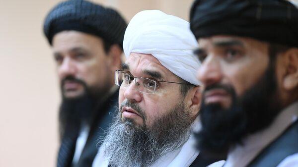 Представители делегации политического офиса движения Талибан* на пресс-конференции в Москве