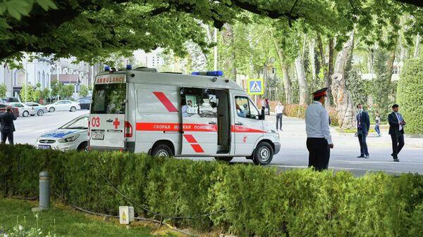 Сотрудники экстренных служб в Душанбе, Таджикистан