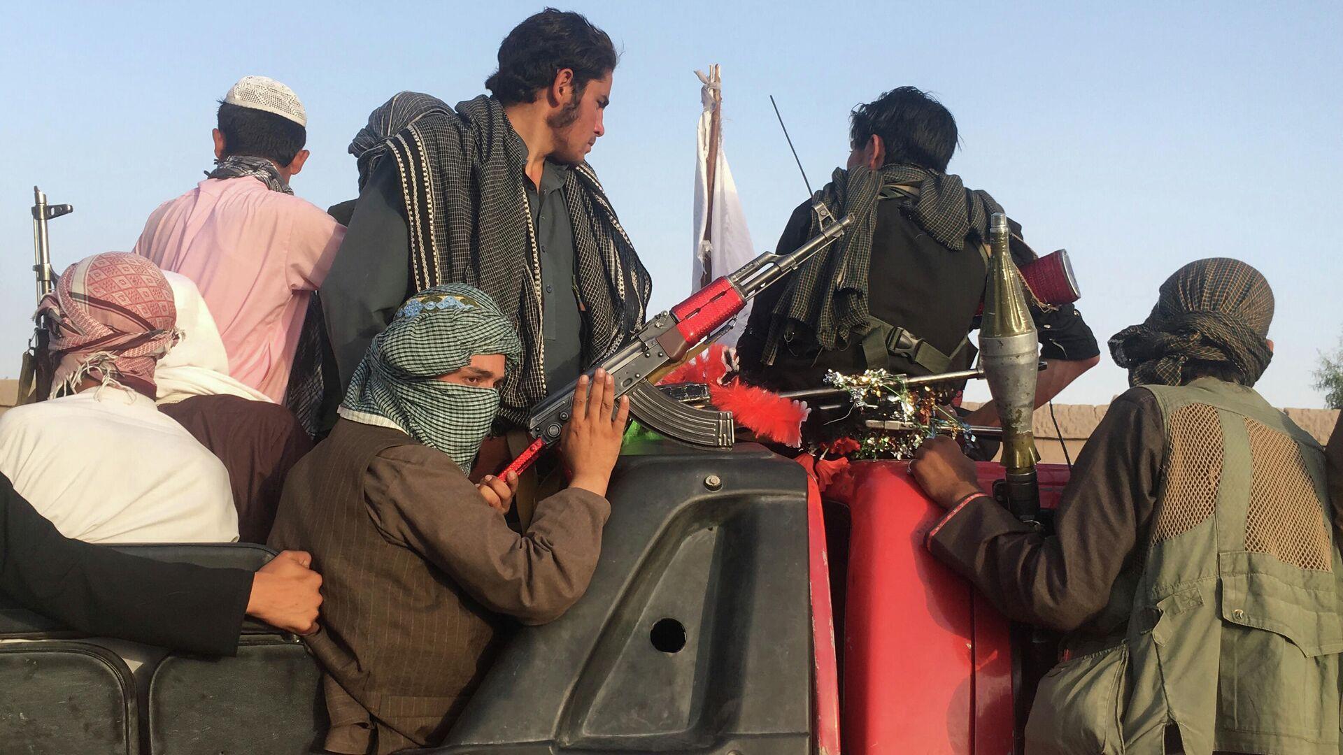 Боевики радикального движения Талибан* в Афганистане - РИА Новости, 1920, 03.08.2021