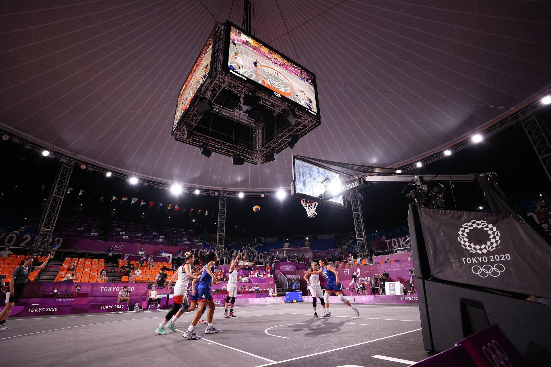 Игровой момент матча женского баскетбольного турнира 3x3 между сборными России и США - РИА Новости, 1920, 28.07.2021