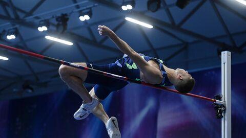 Соревнования по прыжкам в высоту Битва полов