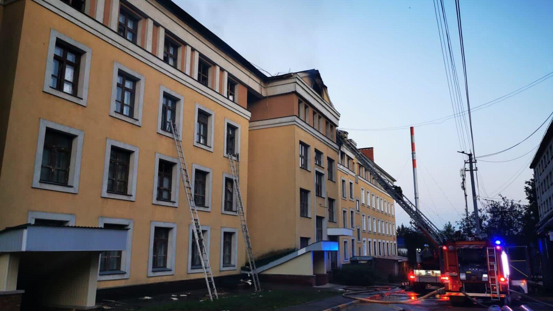 В Нижнем Новгороде ликвидировали пожар в общежитии