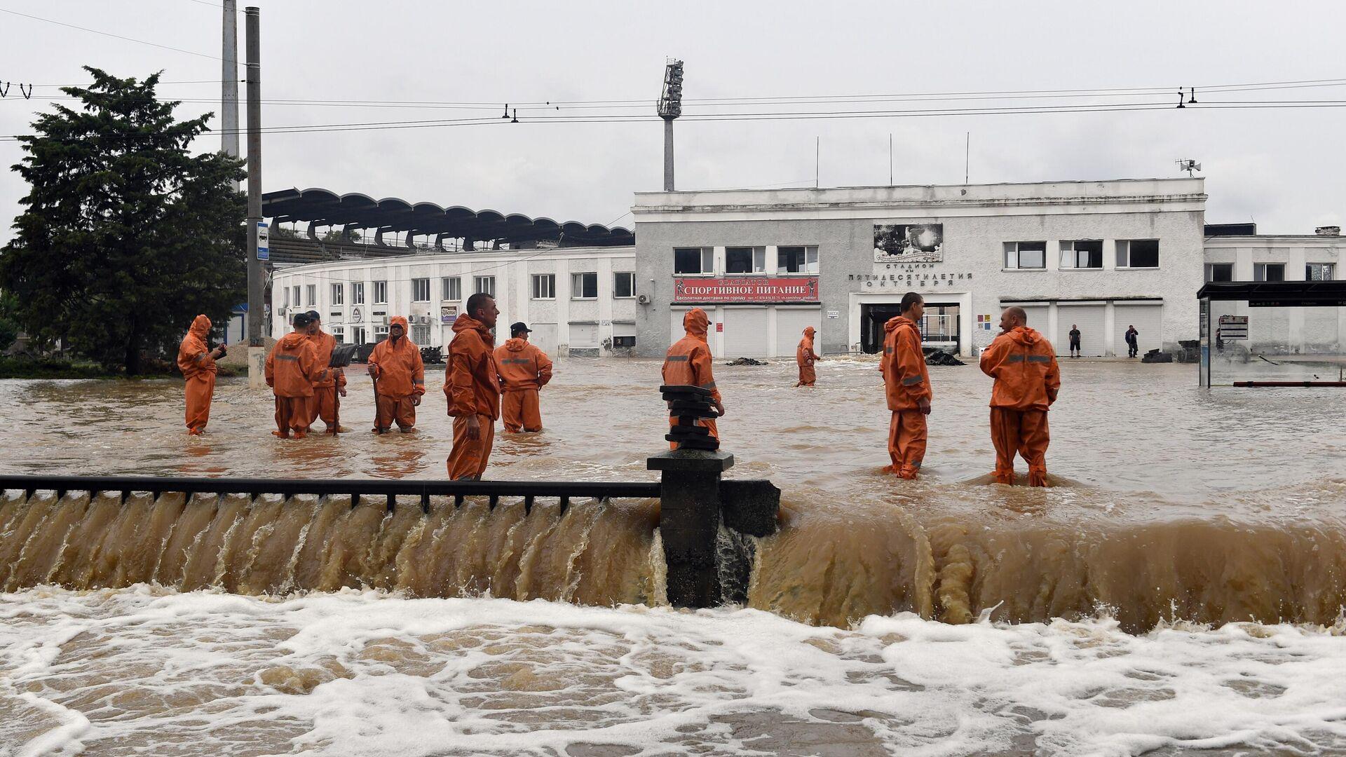 Специалисты обследуют состояние норильских водоемов после аварии на ТЭЦ