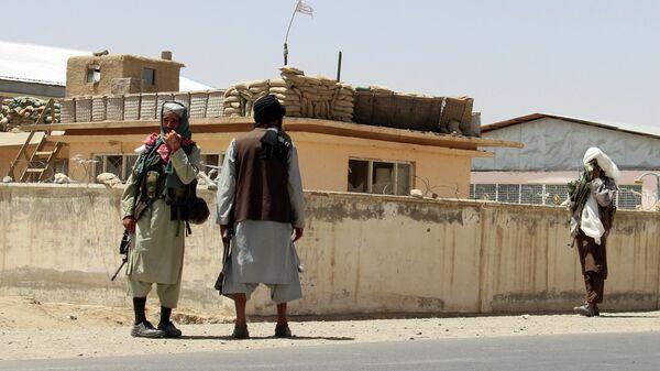 Боевики Талибана* в городе Газни