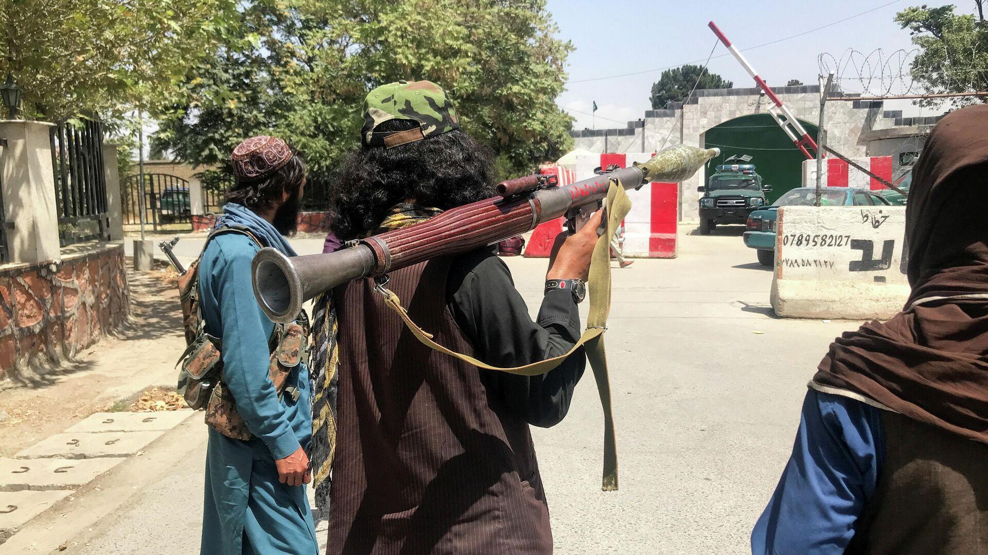 Талибы разоружили охрану крупнейшего афганского телеканала